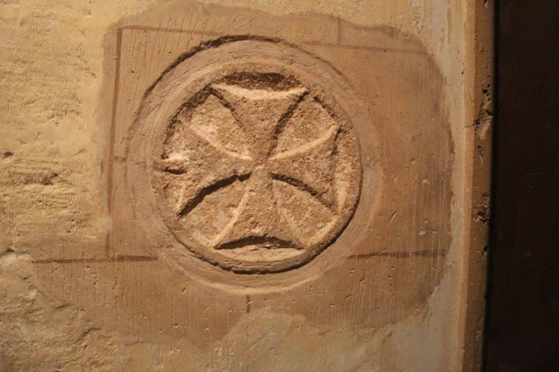 abbazia santa croce sassoferrato simbolo templari