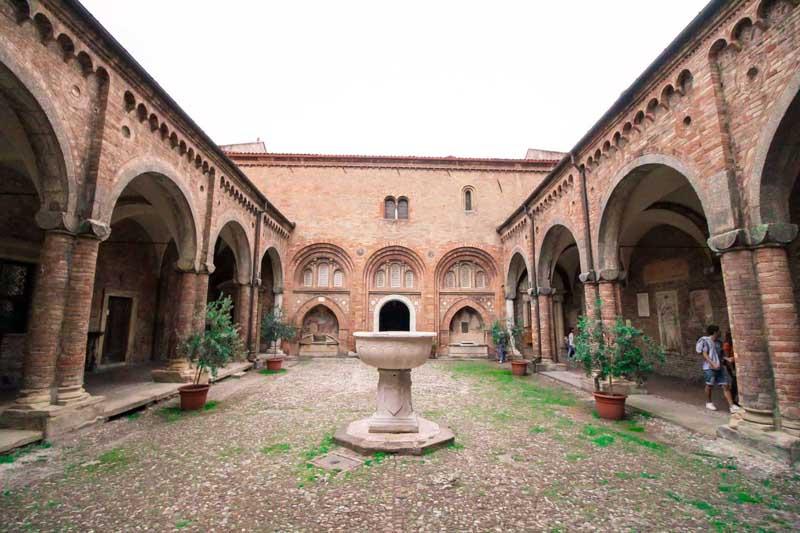 chiostro sette chiese bologna