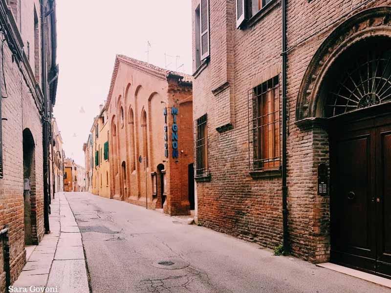 Ferrara: la città a misura d'uomo da visitare come un local 5