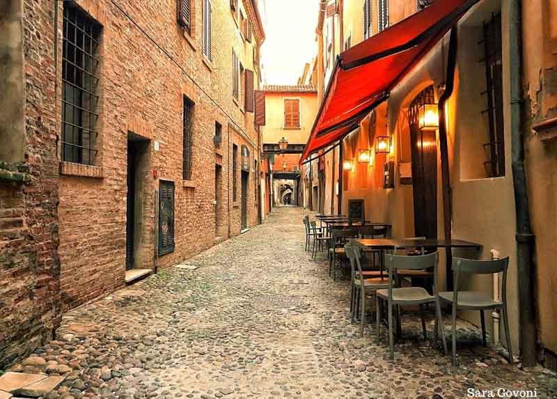 Ferrara: la città a misura d'uomo da visitare come un local 8