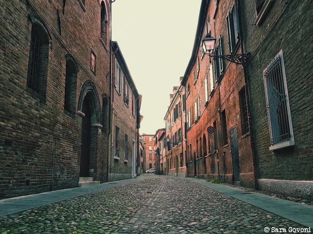 Ferrara: la città a misura d'uomo da visitare come un local 4