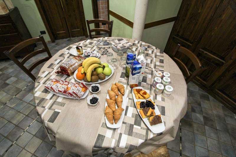 colazione bed and breakfast san martino montalfoglio