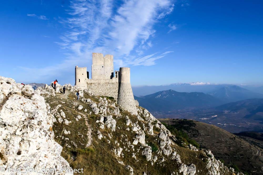 Rocca Calascio set lady hawke il nome della rosa