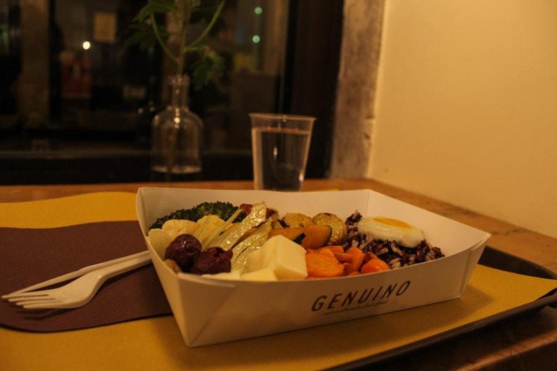 piatto vegetpiatto vegetariano genuino triesteariano genuino