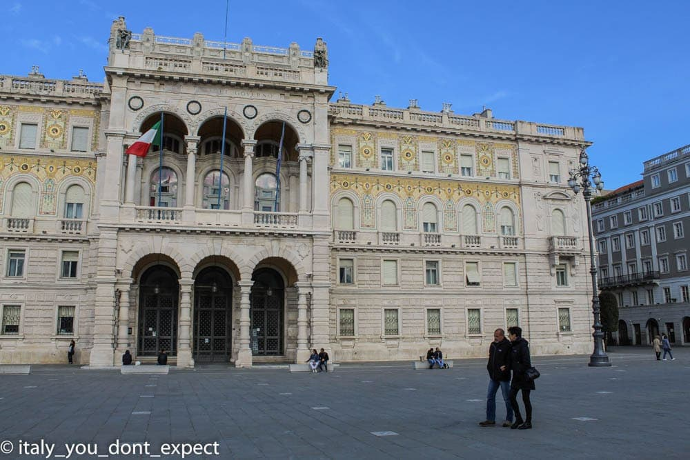 Palazzo del Governo piazza unità d'italia