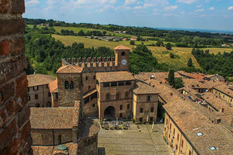 il borgo di castell arquato in val d arda