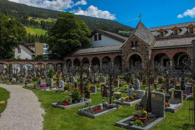 cimitero collegiata san candido