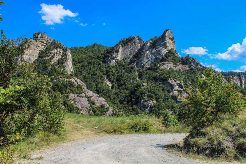 percorsi trekking parco sassi roccamalatina