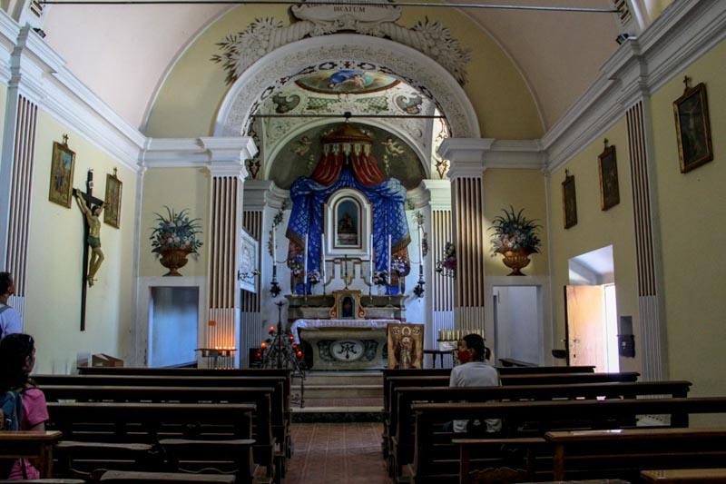 interni oratorio della madonna dei sassi