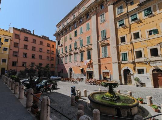 Piazza Leandra Civitavecchia