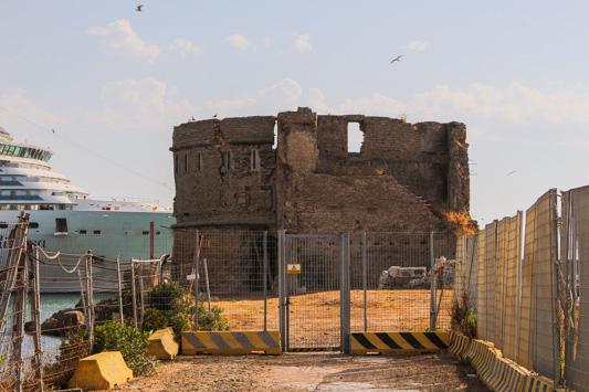 Il Fortino di San Pietro sul Molo del Lazzaretto