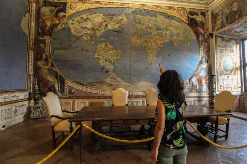 cartina del mondo sala del mappamondo