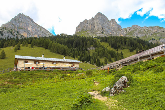 Malga Tuena Trentino