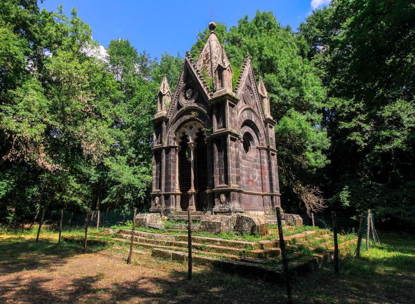 Tomba di Cahen Bosco del Sasseto
