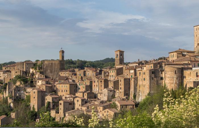 Sorano borgo in Maremma toscana