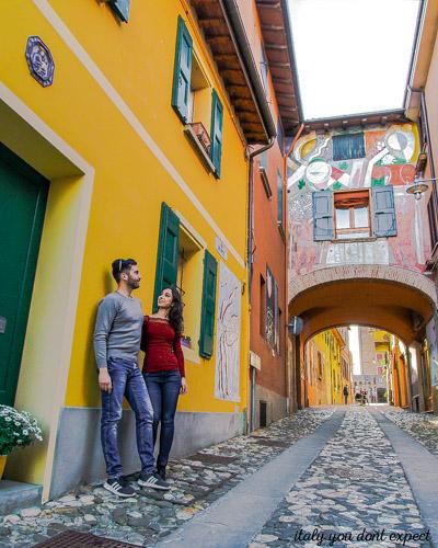 Murales a dozza vicino alla Rocca