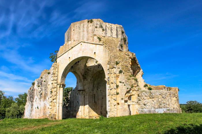 abbazia di san bruzio maremma