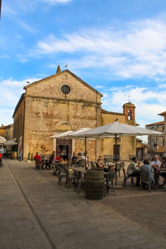 magliano in toscana centro storico