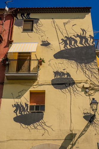 street art su palazzo a civitacampomarano